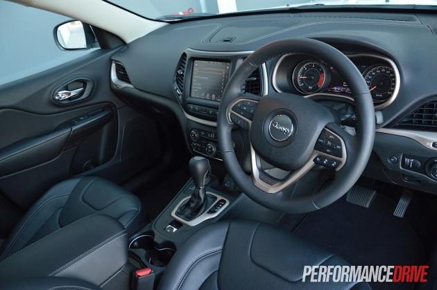 2015 Jeep Cherokee Limited Diesel-interior