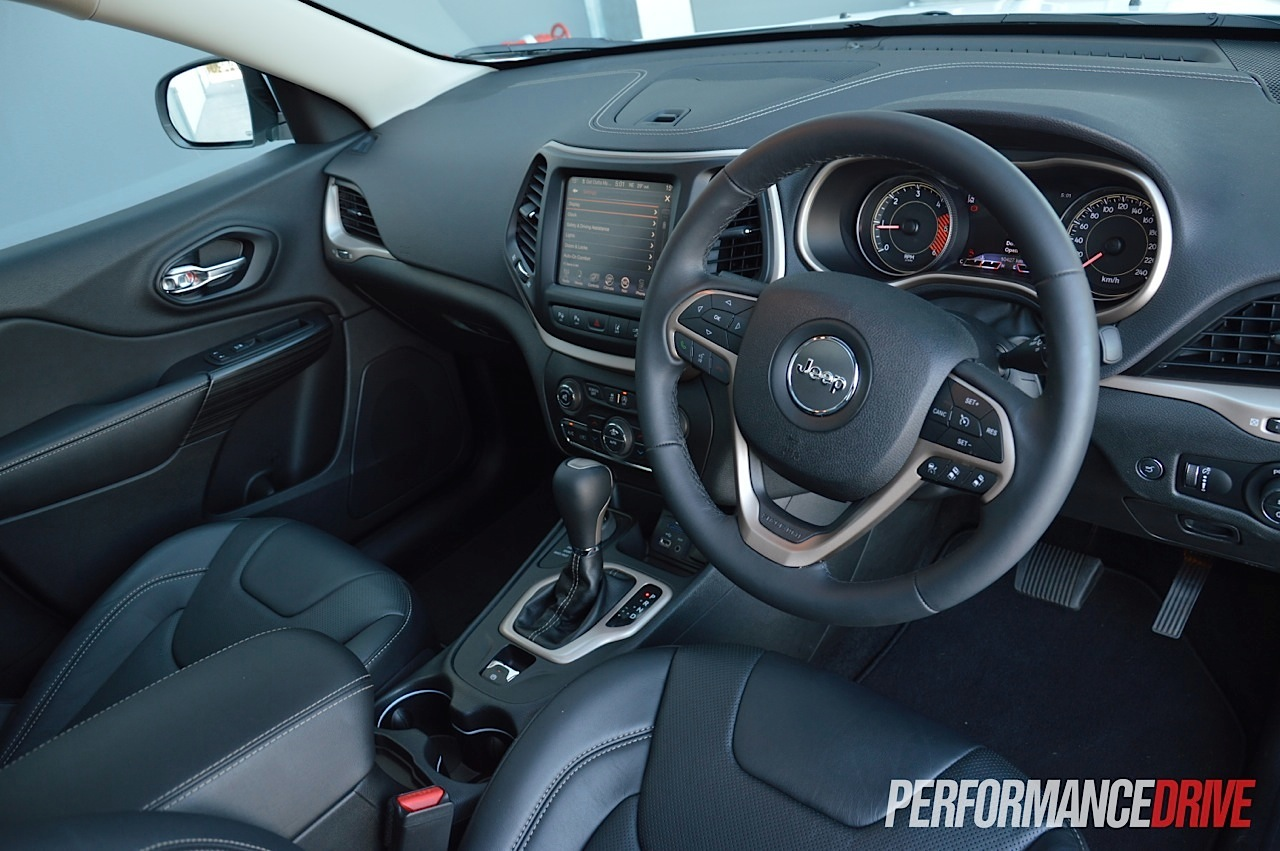 2015 Jeep Cherokee Limited Diesel Interior