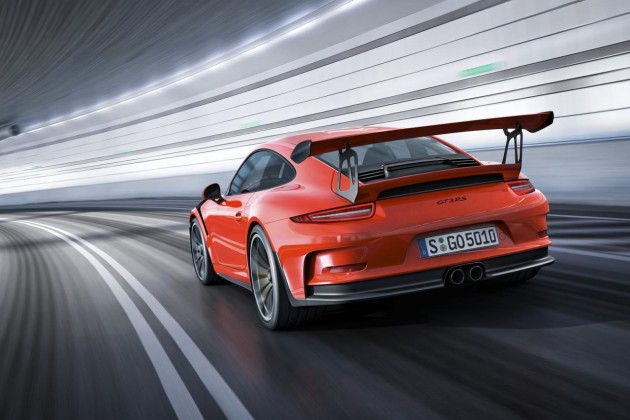 2015 Porsche 911 GT3 RS-rear wing