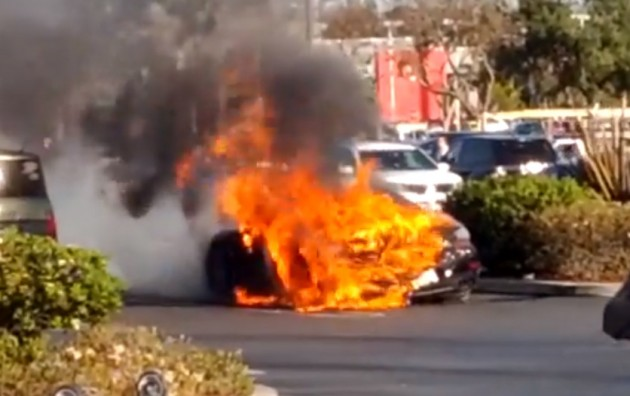 2015 Porsche 911 Turbo S fire