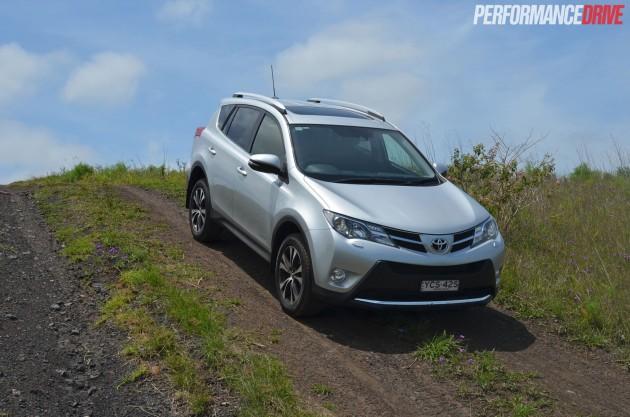 2015 Toyota RAV4 Cruiser hill descent