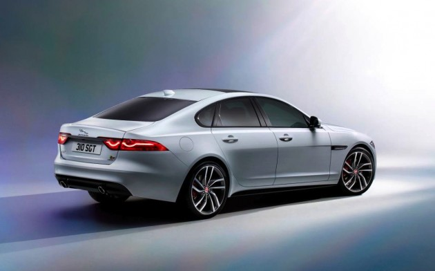 2016 Jaguar XF-rear