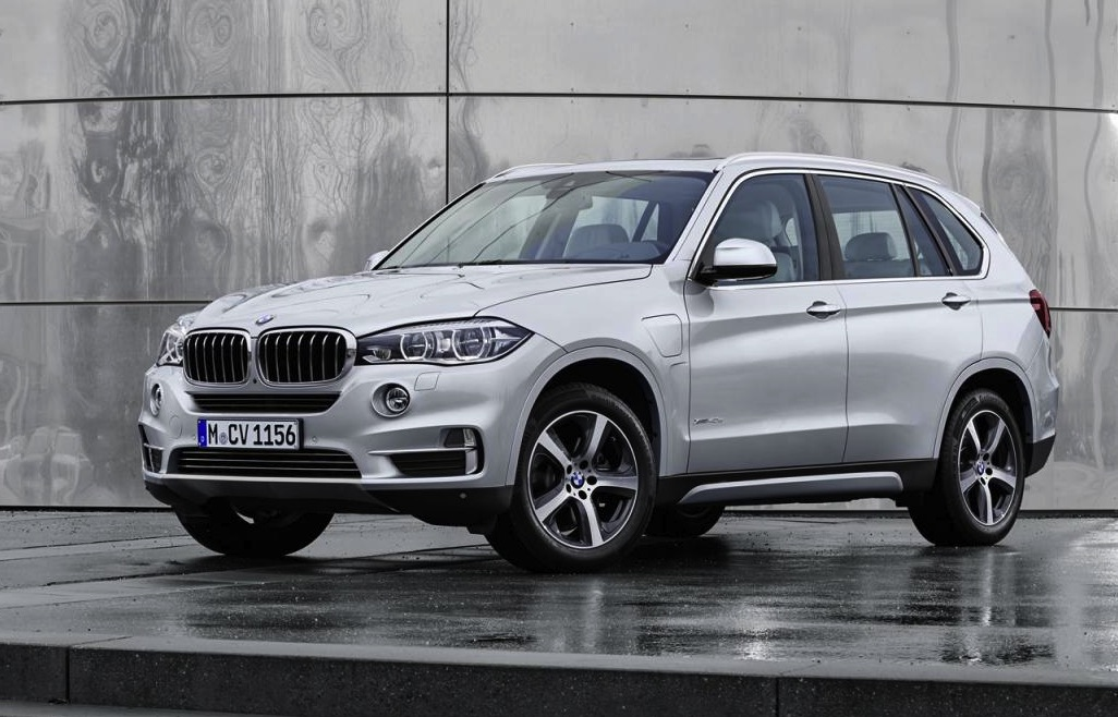 bmw x5 xdrive40e revealed first non 39 i 39 plug in hybrid bmw performancedrive. Black Bedroom Furniture Sets. Home Design Ideas