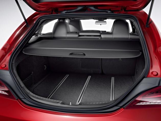 Mercedes-Benz CLA Shooting Brake-cargo area