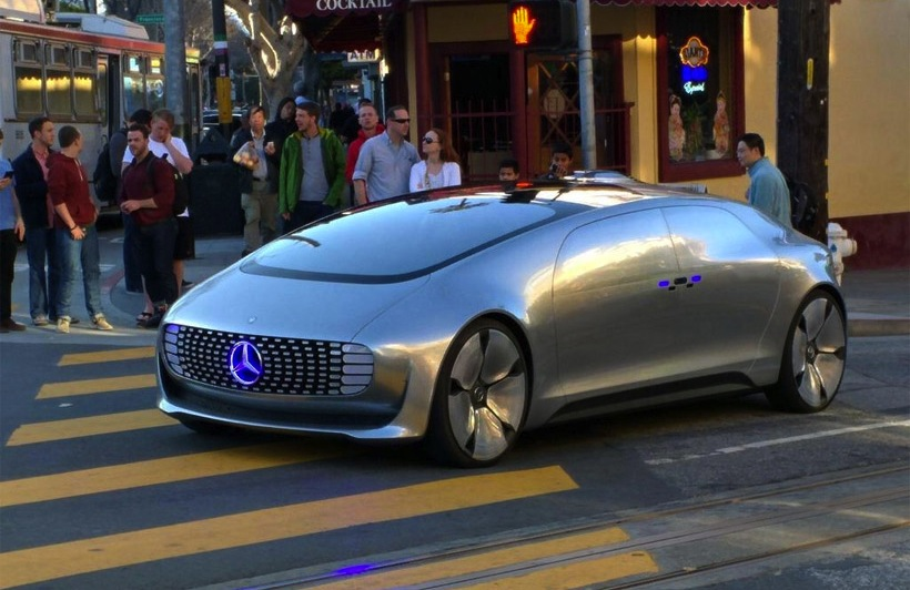 Autonomous mercedes benz f015 concept spotted in san for San francisco mercedes benz