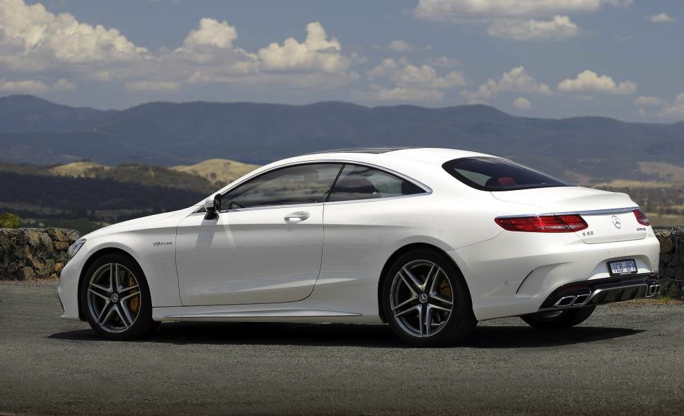 2016 mercedes benz c class coupe to debut at frankfurt. Black Bedroom Furniture Sets. Home Design Ideas