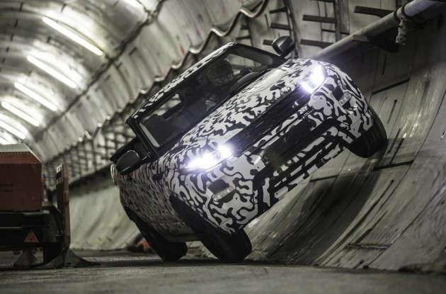 Range Rover Evoque Convertible prototype-London tunnel