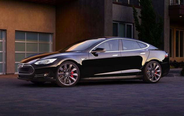 Tesla Model S-blue