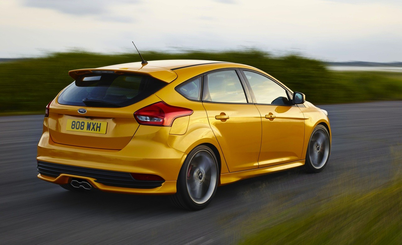 2015 ford focus st 39 lz 39 on sale in australia from 38 990 performancedrive. Black Bedroom Furniture Sets. Home Design Ideas