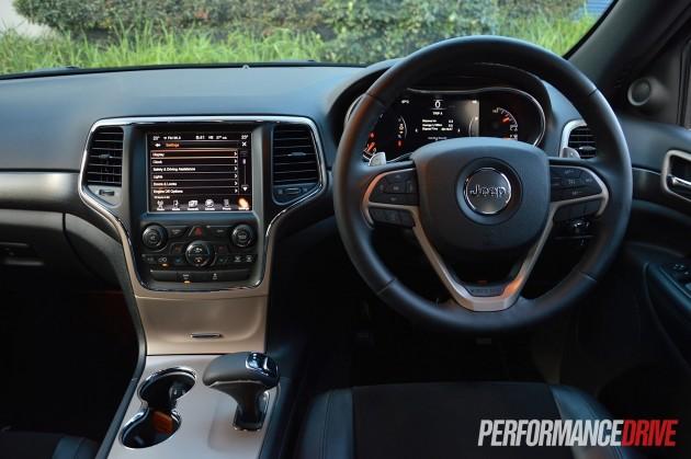 2015 Jeep Grand Cherokee Blackhawk-interior