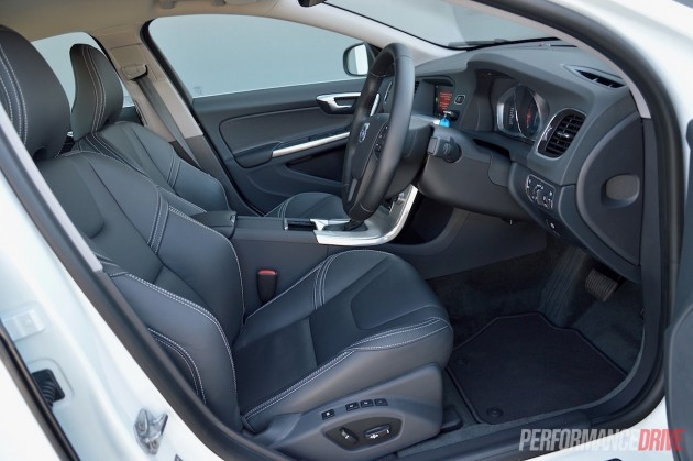2015 Volvo S60 T4 Sprint Edition-front seats