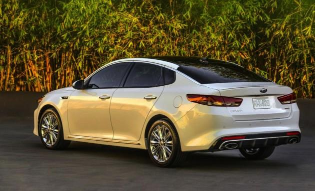 2016 Kia Optima-rear