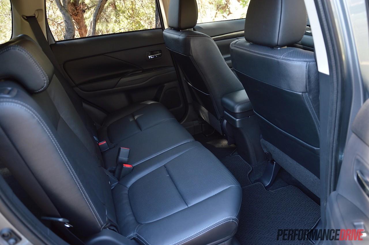 outlander exceed interior 2016 mitsubishi outlander exceed seats - 2016 Mitsubishi Outlander Interior