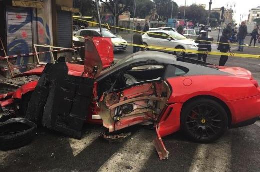 Ferrari 599 GTO crash valet-Rome