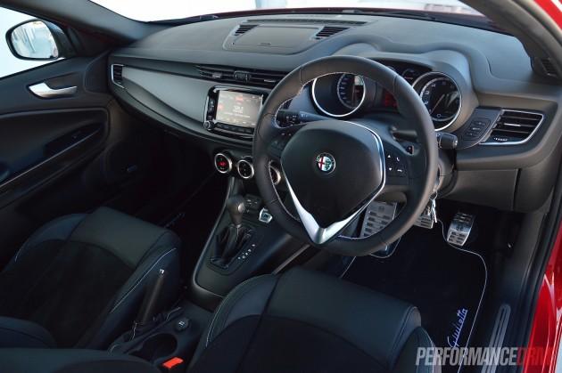 2015 Alfa Romeo Giulietta QV-interior
