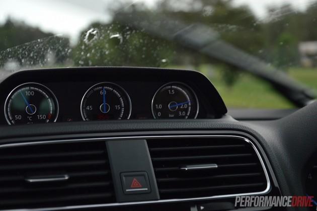 2015 Volkswagen Scirocco R-boost gauge
