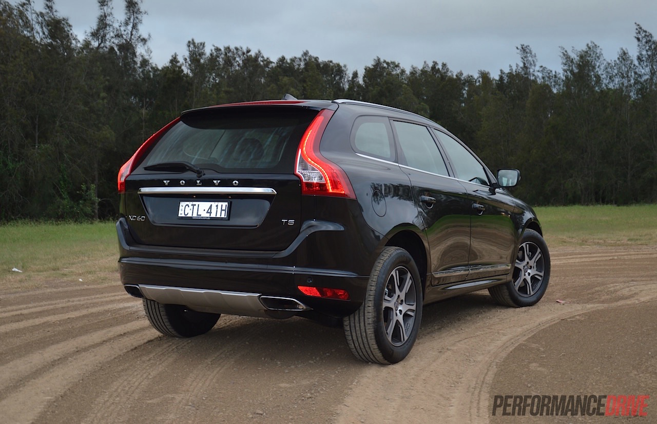 2015 volvo xc60 t5 luxury review video performancedrive. Black Bedroom Furniture Sets. Home Design Ideas
