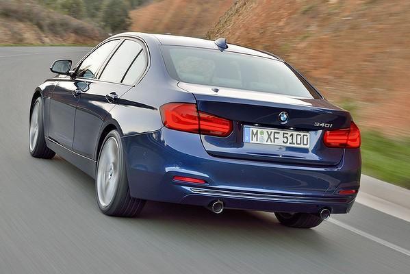 2016 BMW 340i-rear