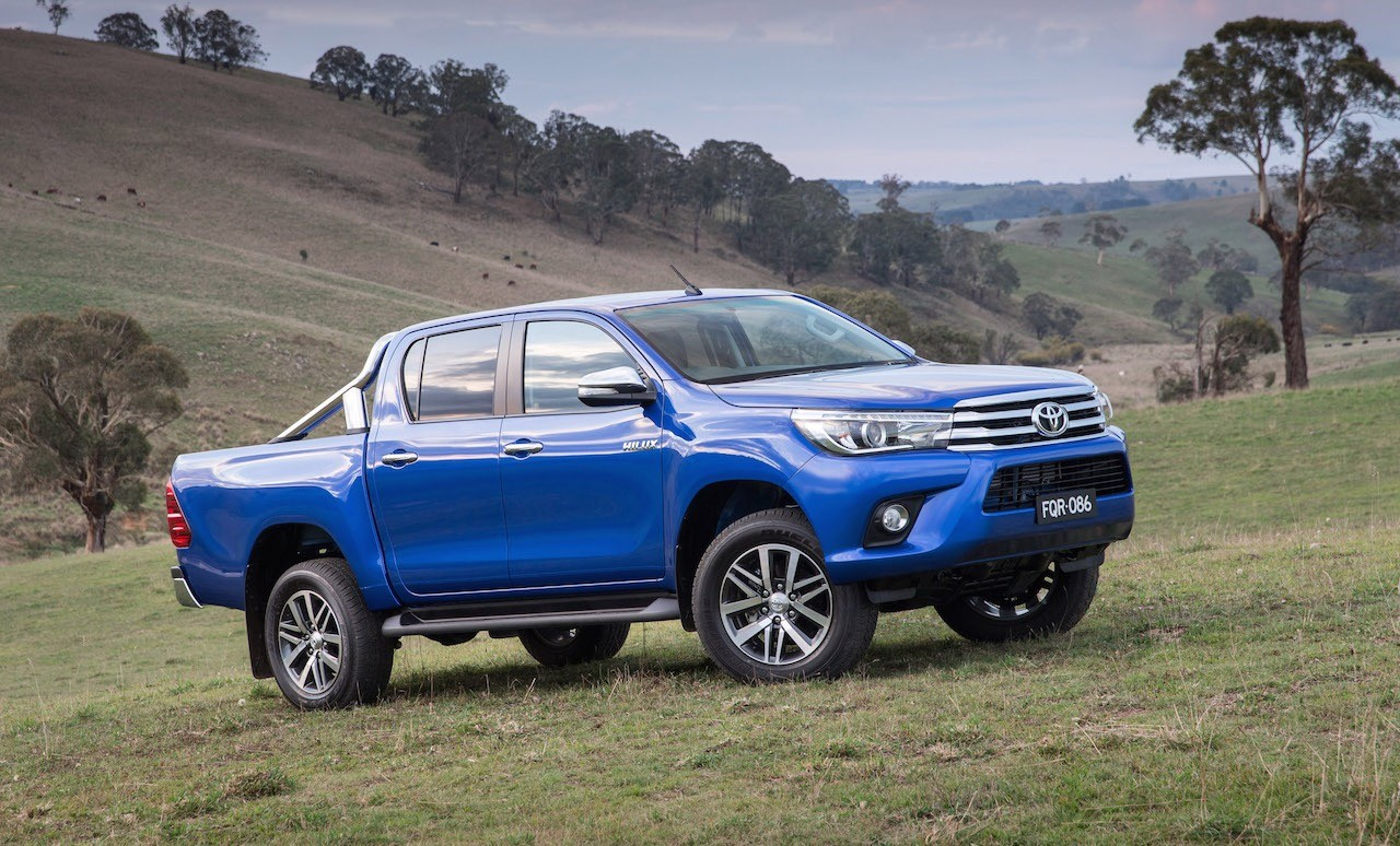 2016 toyota hilux unveiled on sale in australia in. Black Bedroom Furniture Sets. Home Design Ideas