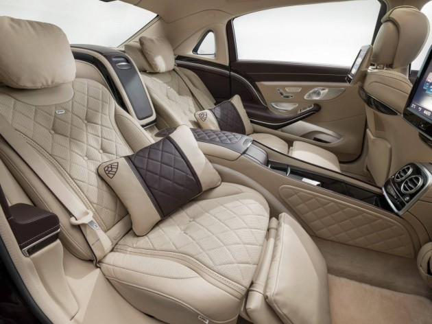 Mercedes-Maybach S 600-rear seats
