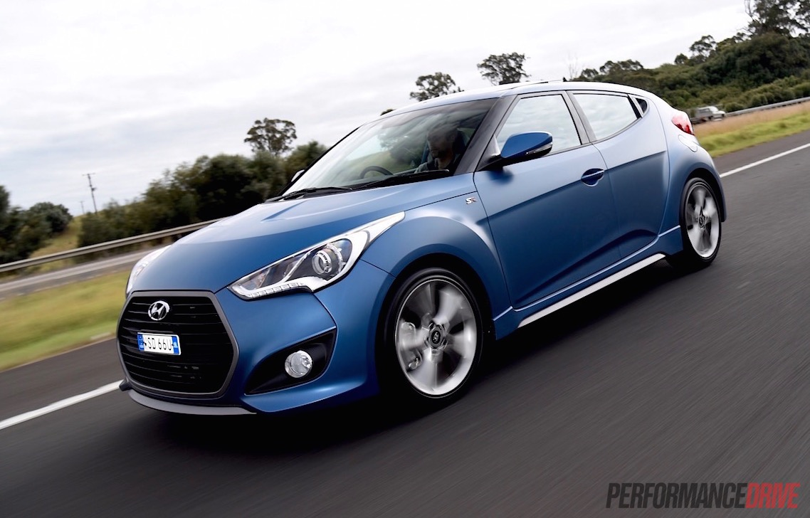 2015 hyundai veloster sr turbo series ii review video. Black Bedroom Furniture Sets. Home Design Ideas