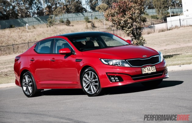2015 Kia Optima Platinum-Temptation Red