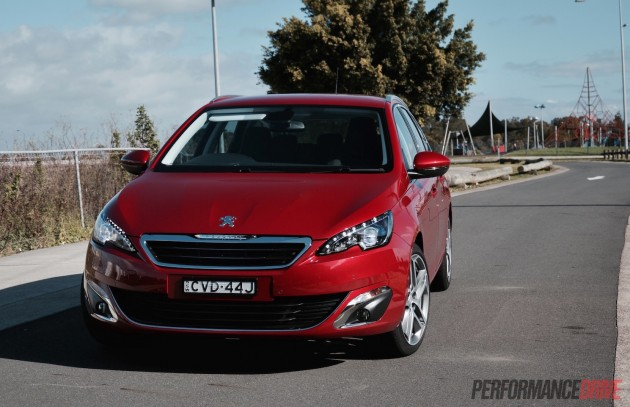 2015 Peugeot 308 Allure Touring-headlights