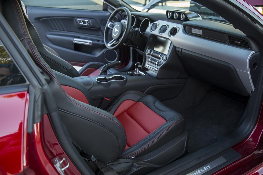 2015 shelby mustang super snake revealed up to 560kw performancedrive. Black Bedroom Furniture Sets. Home Design Ideas