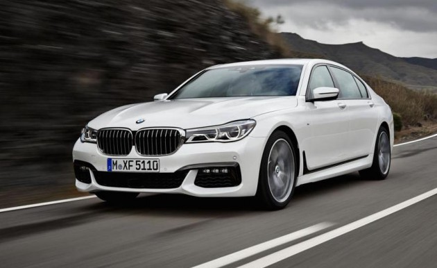 2016 BMW 7 Series-driving