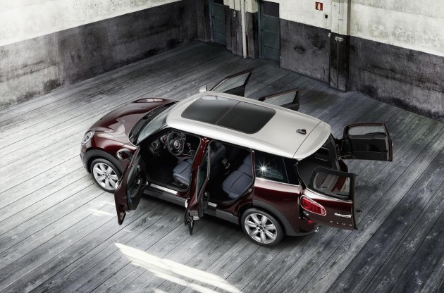 2016 MINI Clubman-doors