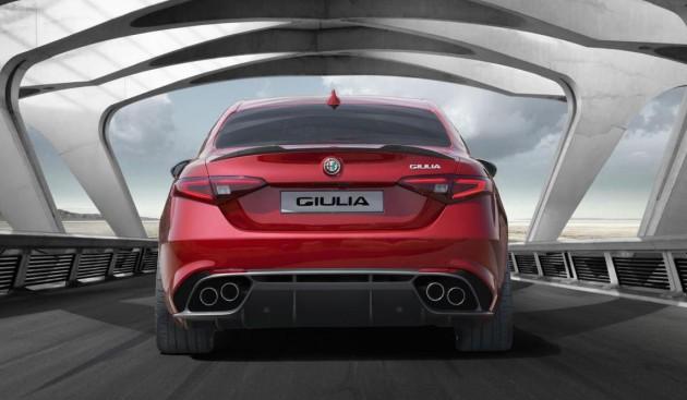 Alfa Romeo Giulia QV-rear
