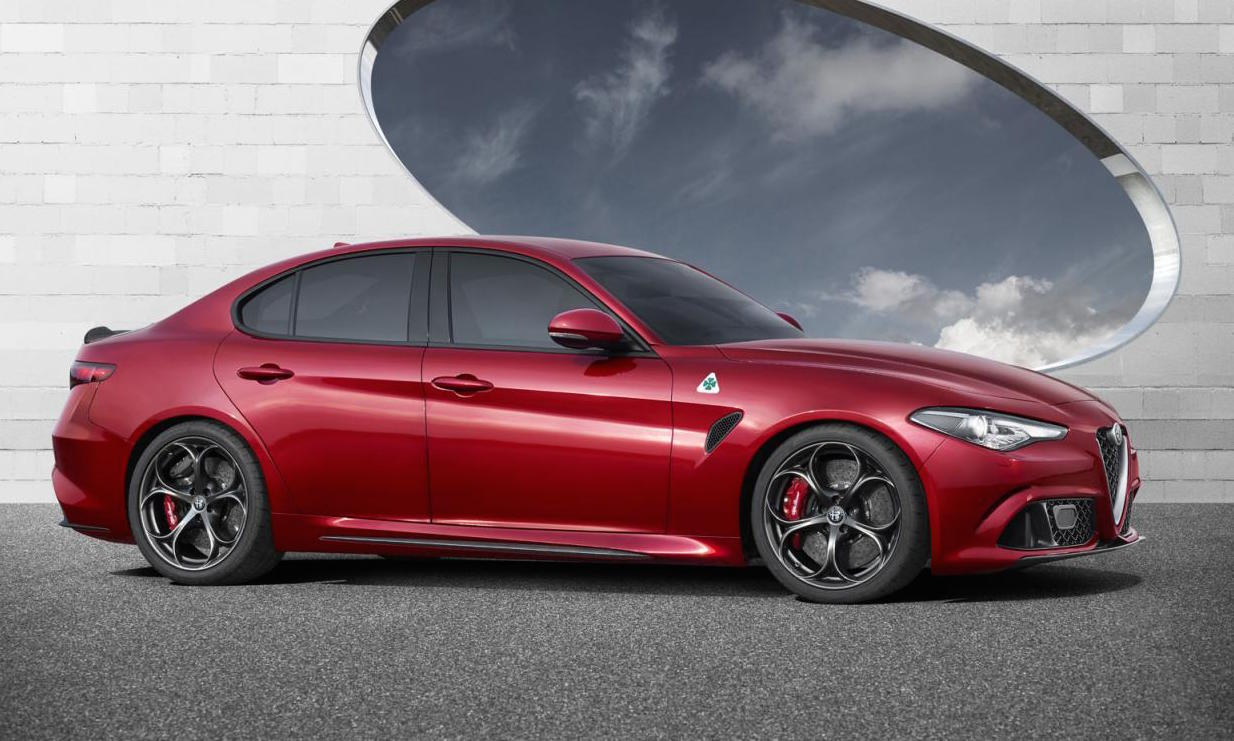 alfa romeo giulia revealed 375kw qv rwd and awd performancedrive. Black Bedroom Furniture Sets. Home Design Ideas