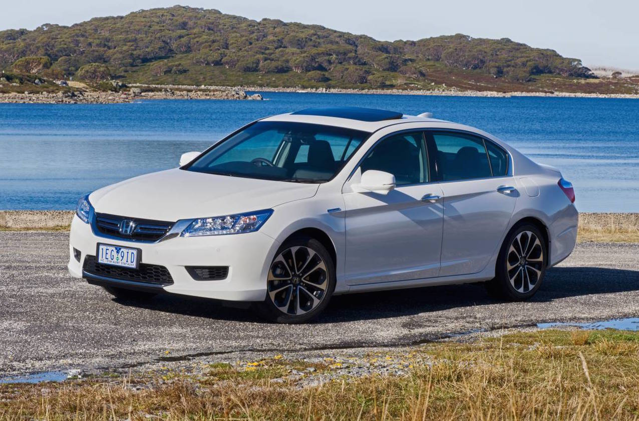 Honda accord sport hybrid on sale in australia from for Honda accord sport price