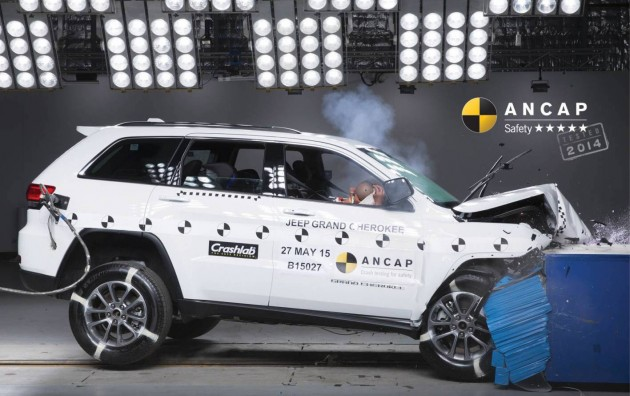 2015 Jeep Grand Cherokee ANCAP crash