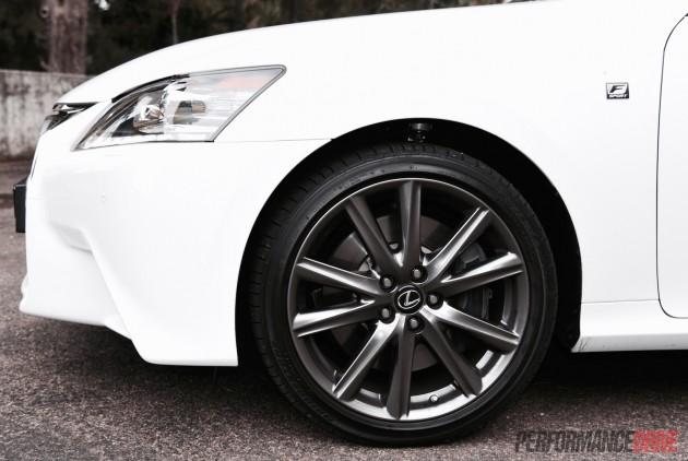 2015 Lexus GS 450h F Sport brakes