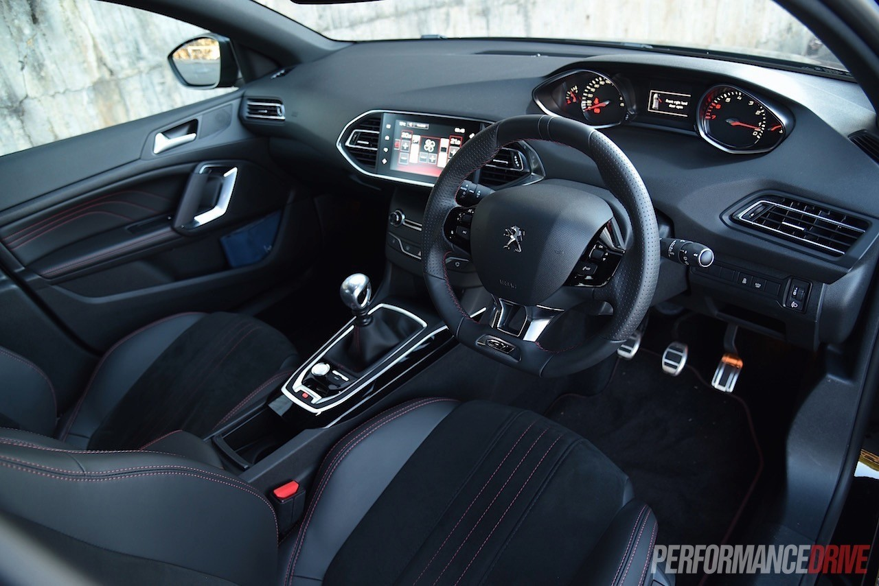 2015 volvo v40 t5 vs peugeot 308 gt warm hatch comparison