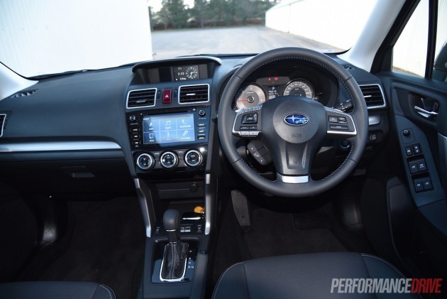 2015 Subaru Forester 2.0D-S-dash