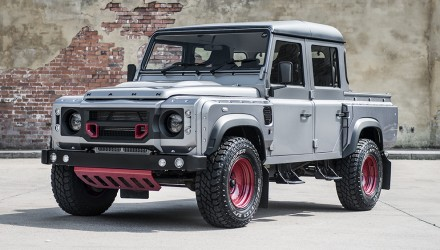 Kahn creates Chelsea Wide Track with Defender 110 ute