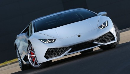 Lamborghini Huracan spyder to debut at 2016 Geneva show