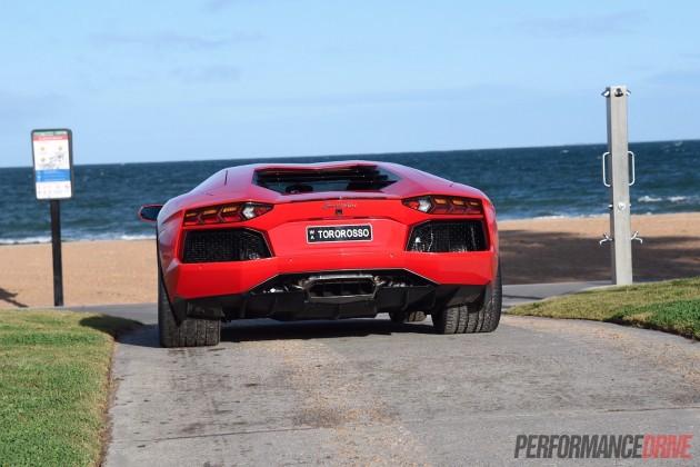 2015 Lamborghini Aventador-rear