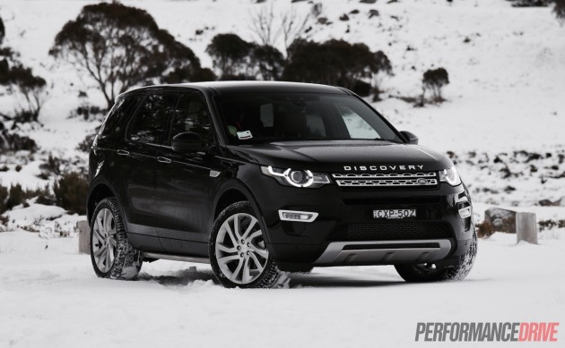 2015 Land Rover Discovery Sport HSE-front