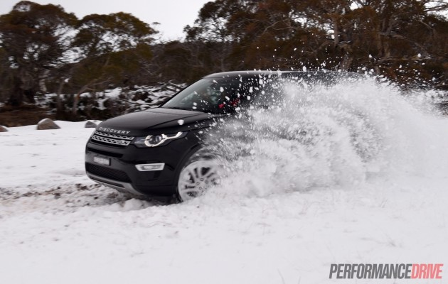 2015 Land Rover Discovery Sport-snow carve