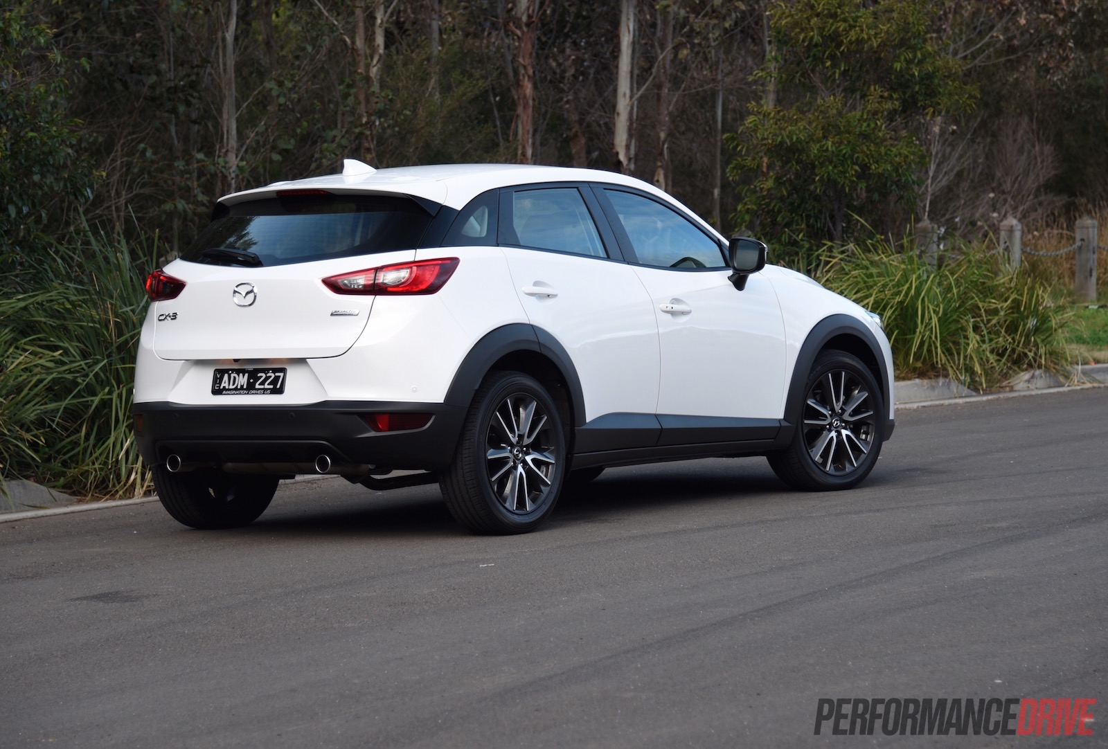 2015 mazda cx 3 stouring petrol review video performancedrive. Black Bedroom Furniture Sets. Home Design Ideas
