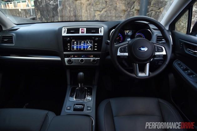 2015 Subaru Outback Premium dash