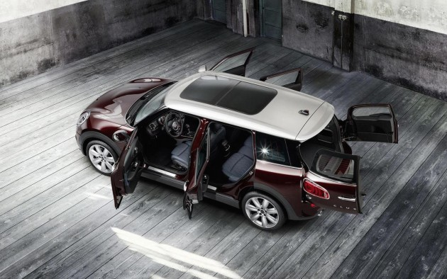 2016-MINI-Clubman-doors
