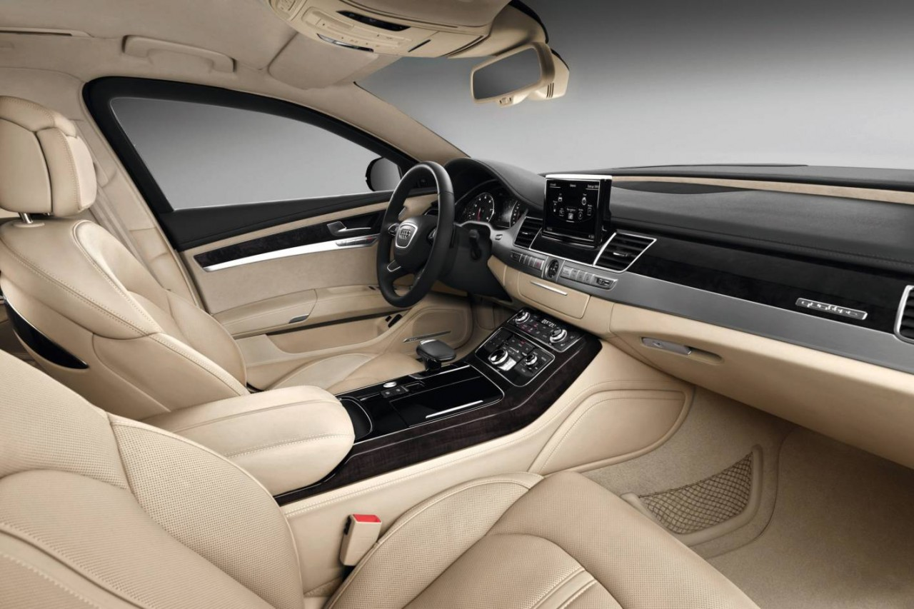 2015 audi a8 l security revealed most secure audi ever for Interieur voiture de luxe