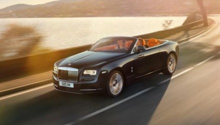 "2015 Rolls-Royce Dawn revealed, ""sexiest Rolls-Royce ever"""