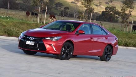 2015 Toyota Camry Atara SX review (video)