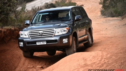 Video: Toyota LandCruiser Sahara Diesel POV review