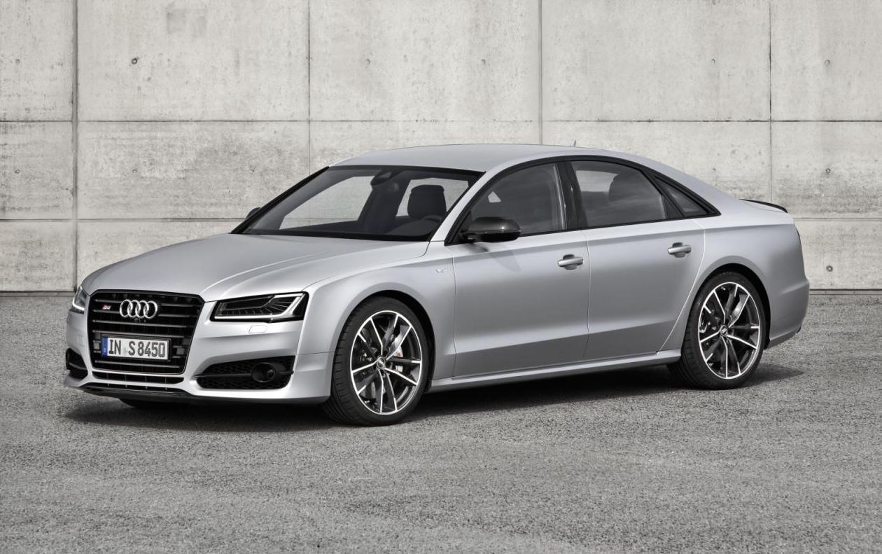 audi s8 plus revealed with bonkers performance performancedrive. Black Bedroom Furniture Sets. Home Design Ideas